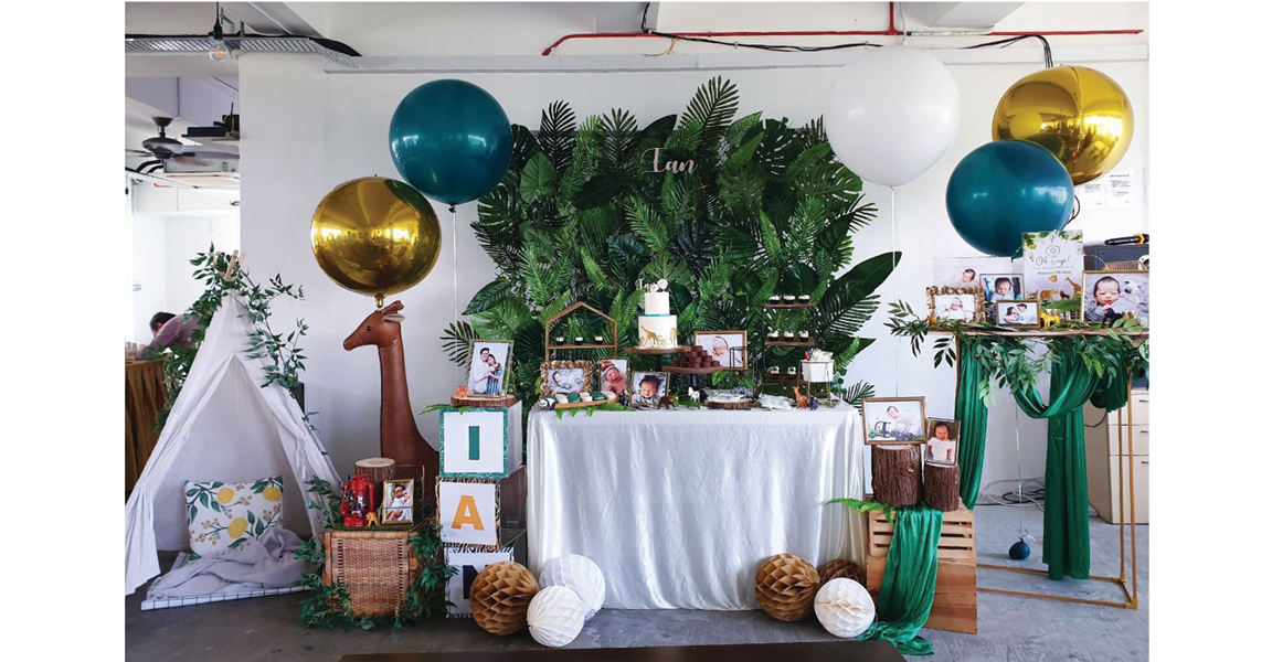 Christmas Gender Reveal Theme.Gender Reveal Ideas The Party Jeanie